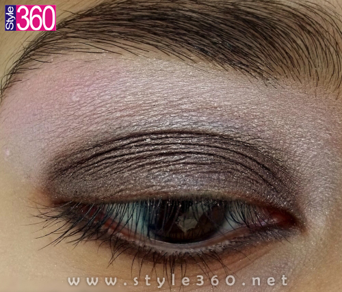 Apply the Darker Color of Base on your Eyes